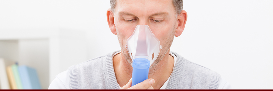 copd man with breathing mask